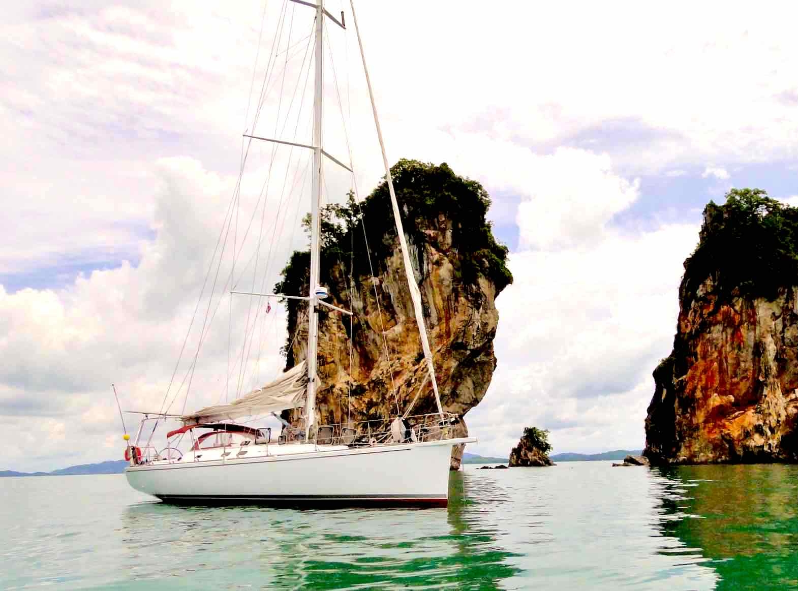 Dalai_anchoring by karst islands in untouched world of Mergui_XS.jpeg