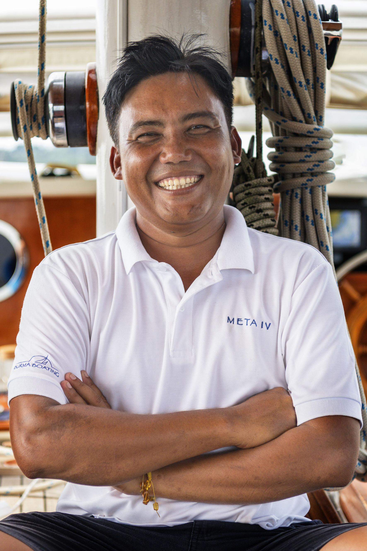 Naing Naing Lwin Chief Guide    naingnaing@burmaboating.com