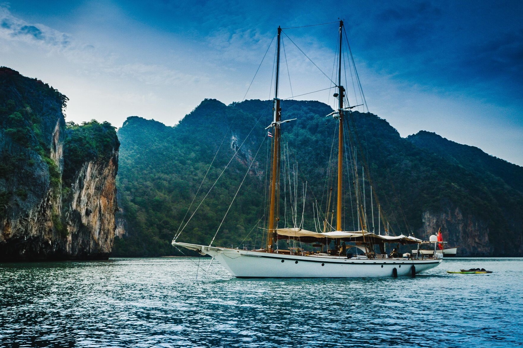 Book a Cabin — Burma Boating: Sailing Holidays, Yacht