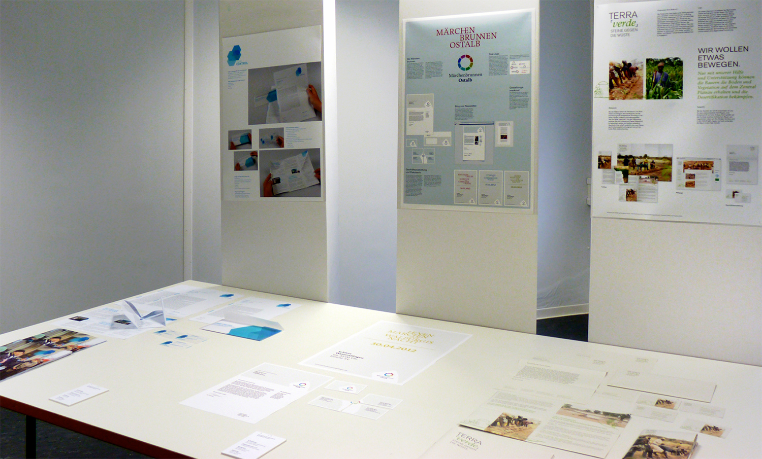 cooperate-design-projects at the exhibition in Schwäbsich Gmünd (Photo: Ingrid Scholz, copyright: HfG, 14.7.2012)