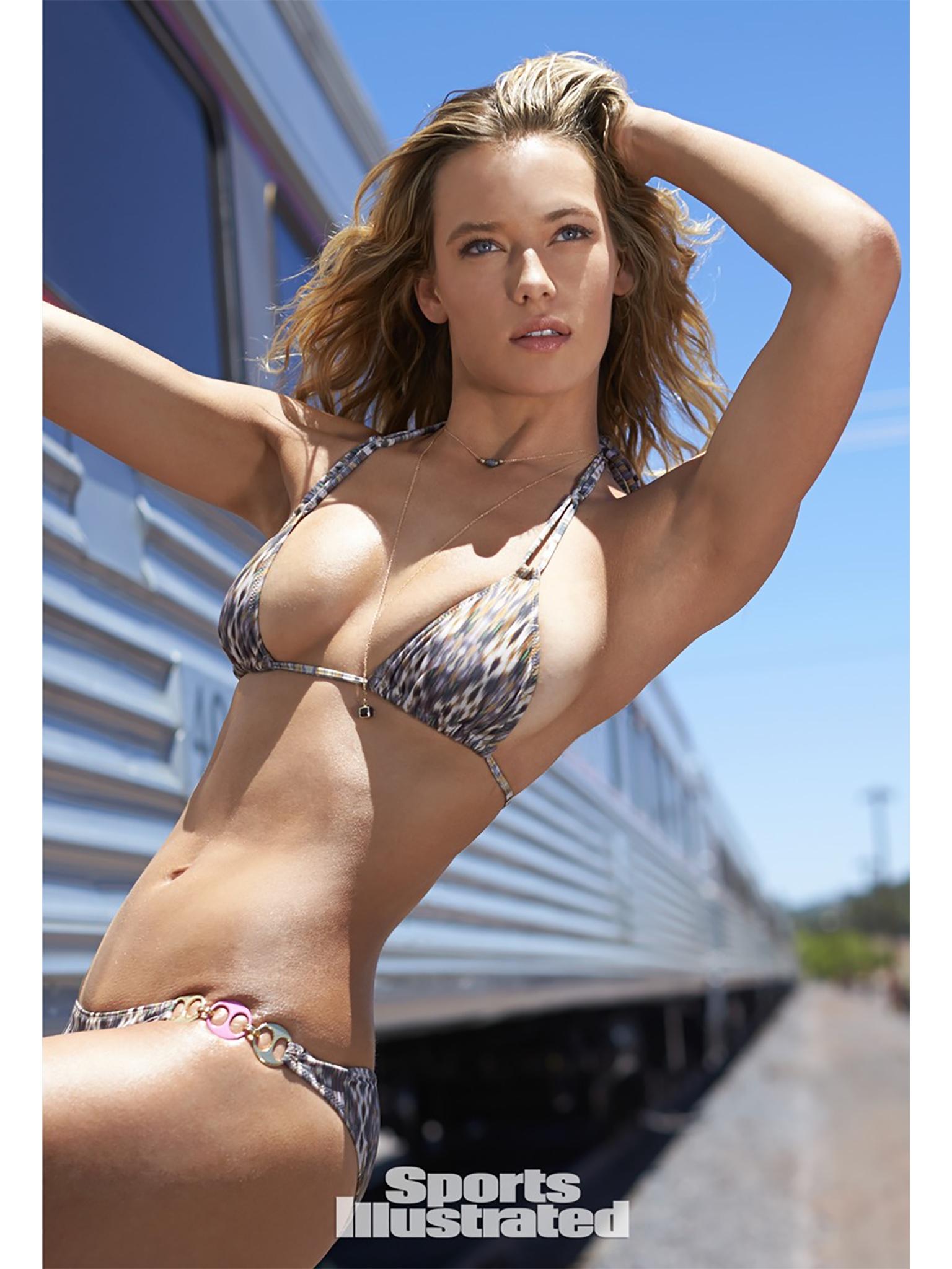 Hannah Ferguson 2.jpg