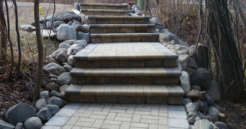 Smart_Look_Landscaping_staircase.jpg