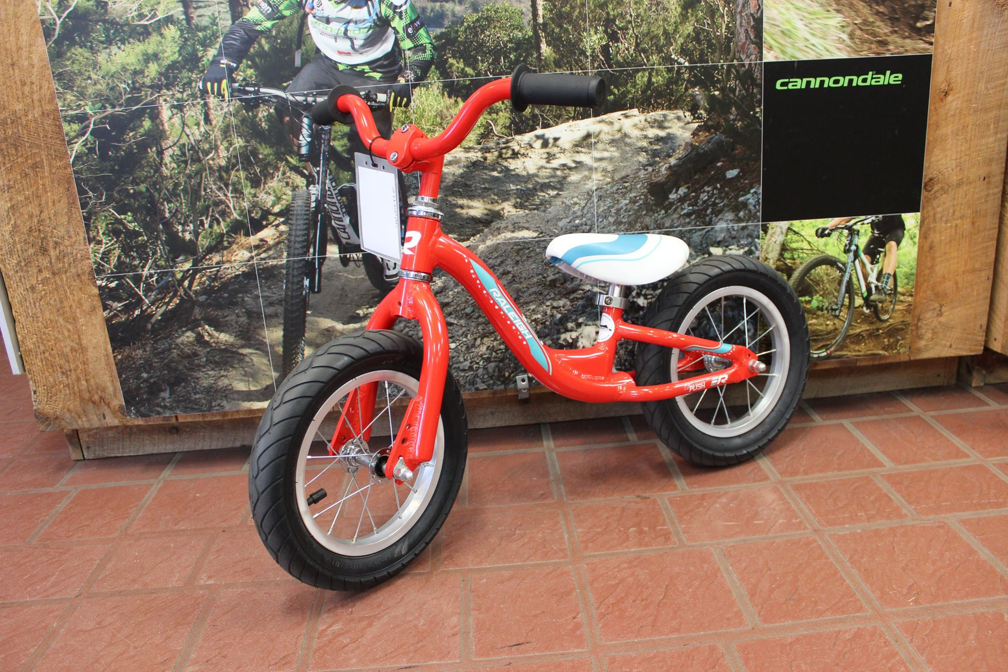 Raleigh Lil' Push - Kid's bike