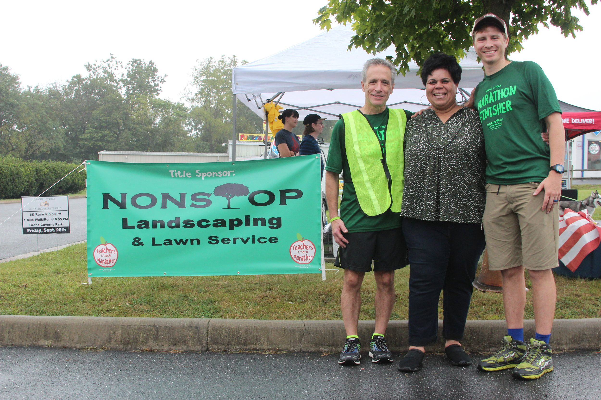 Mayor Reed (center) with Race Organizer, Mike Betts (left) and Bluestone Bike & Run Owner, Kyle Coleman (right).
