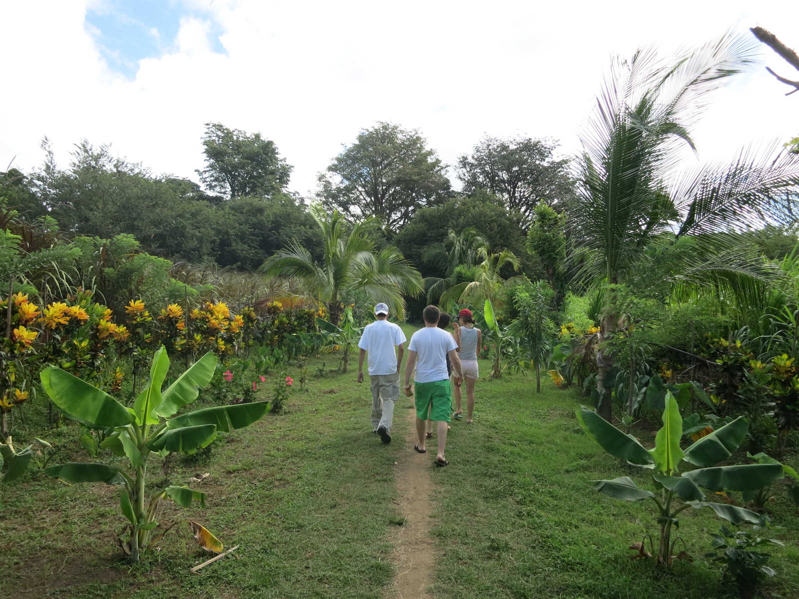 Hiking into Charco Verde