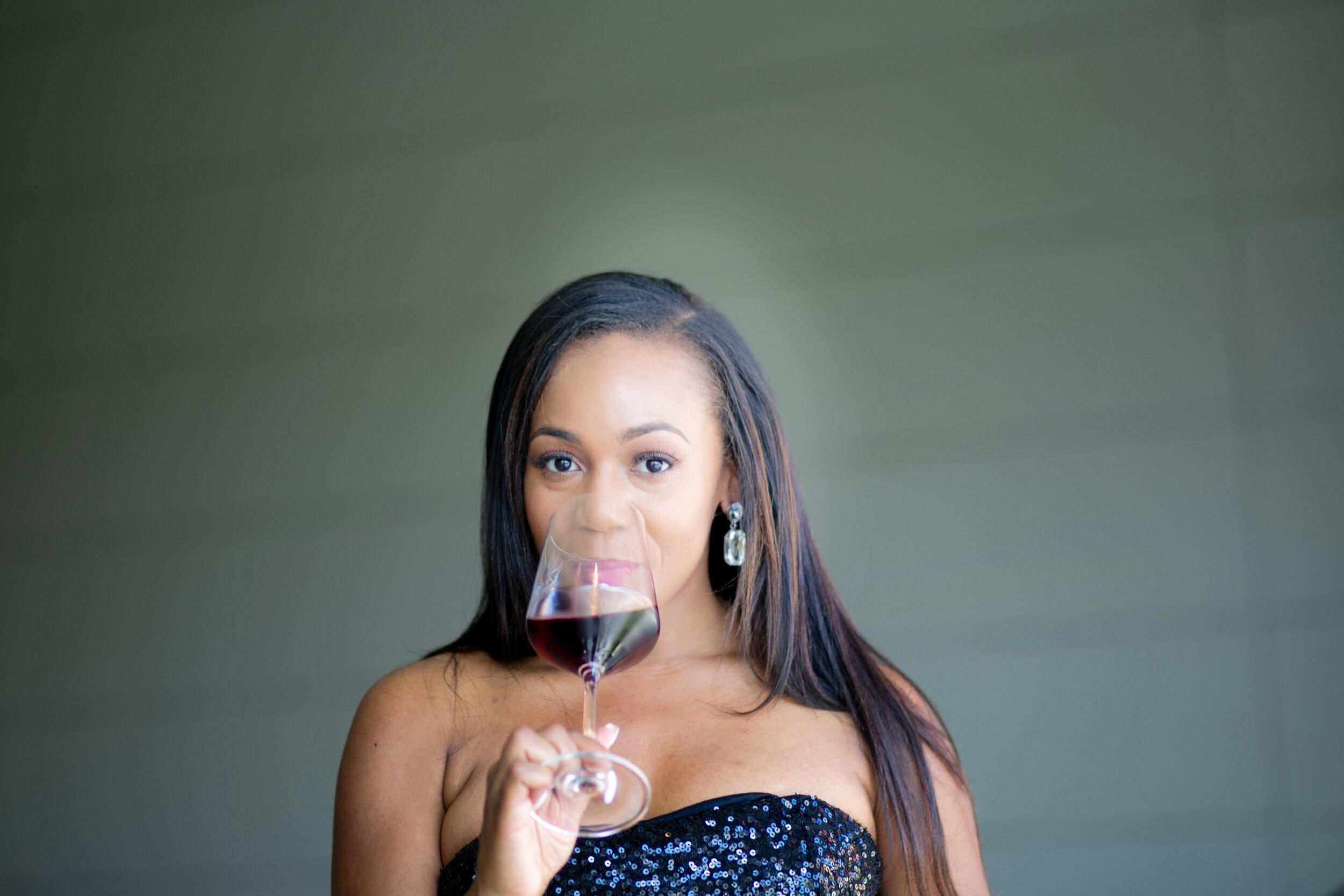 WSET 2 Wine Educator, The Wine Rac - Facebook @RacquelWinesInstagram @RacquelWines