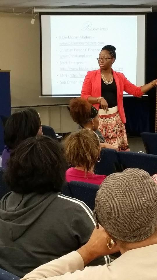 Making Straights Paths' Markita Samuel teaching.