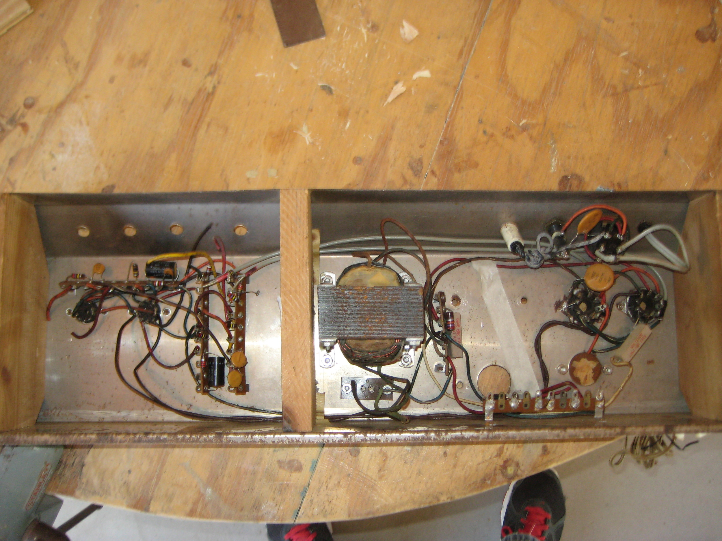 Inside of a non-working Supro Thunderbolt!