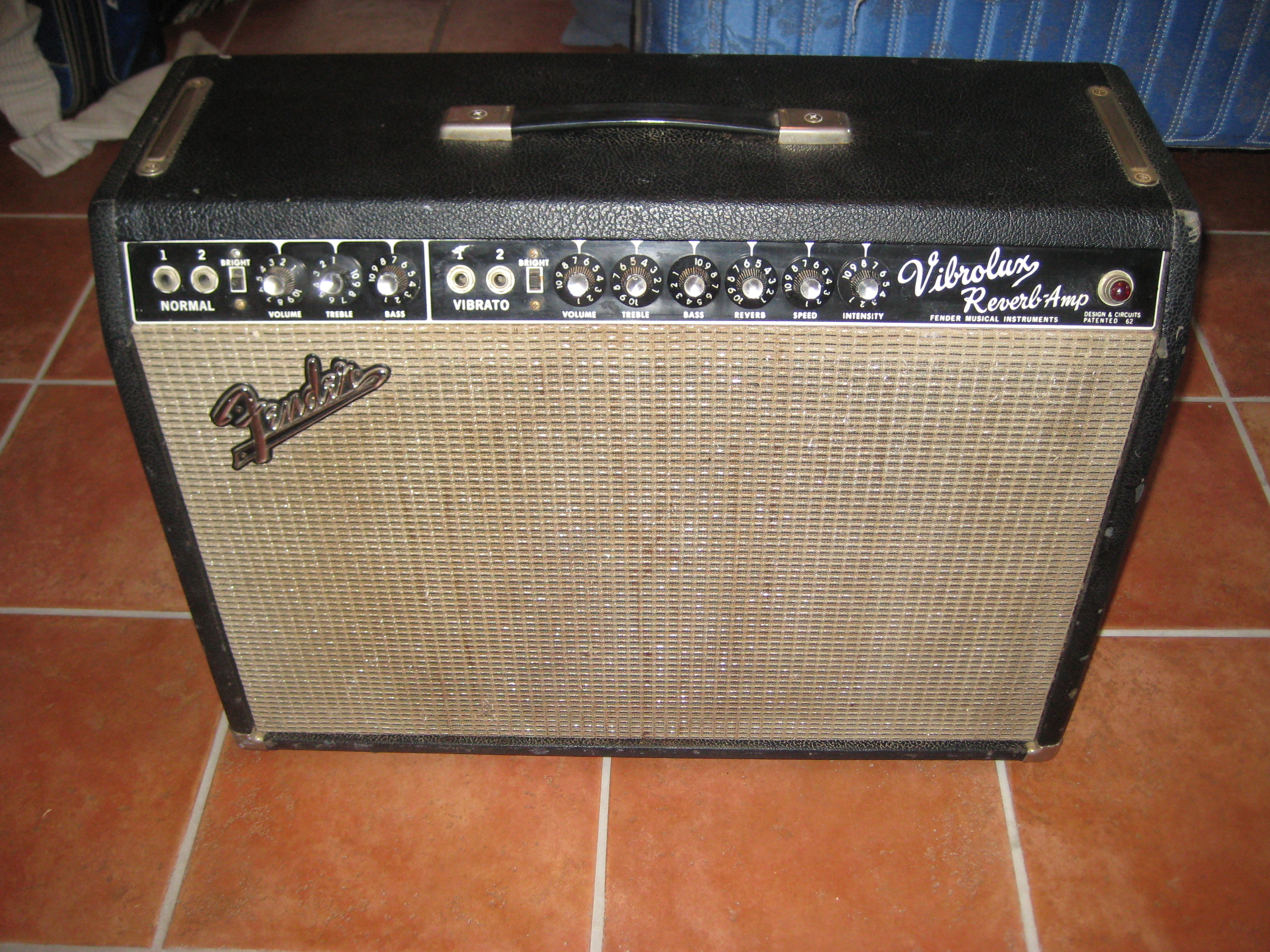 This vintage Vibrolux came in very poor electronic shape. It was recapped, re-tubed, adjustable bias was added and a three prong power cord.   After the overhaul the customer said it blows away his other vintage Fender amps that have net yet been serviced.