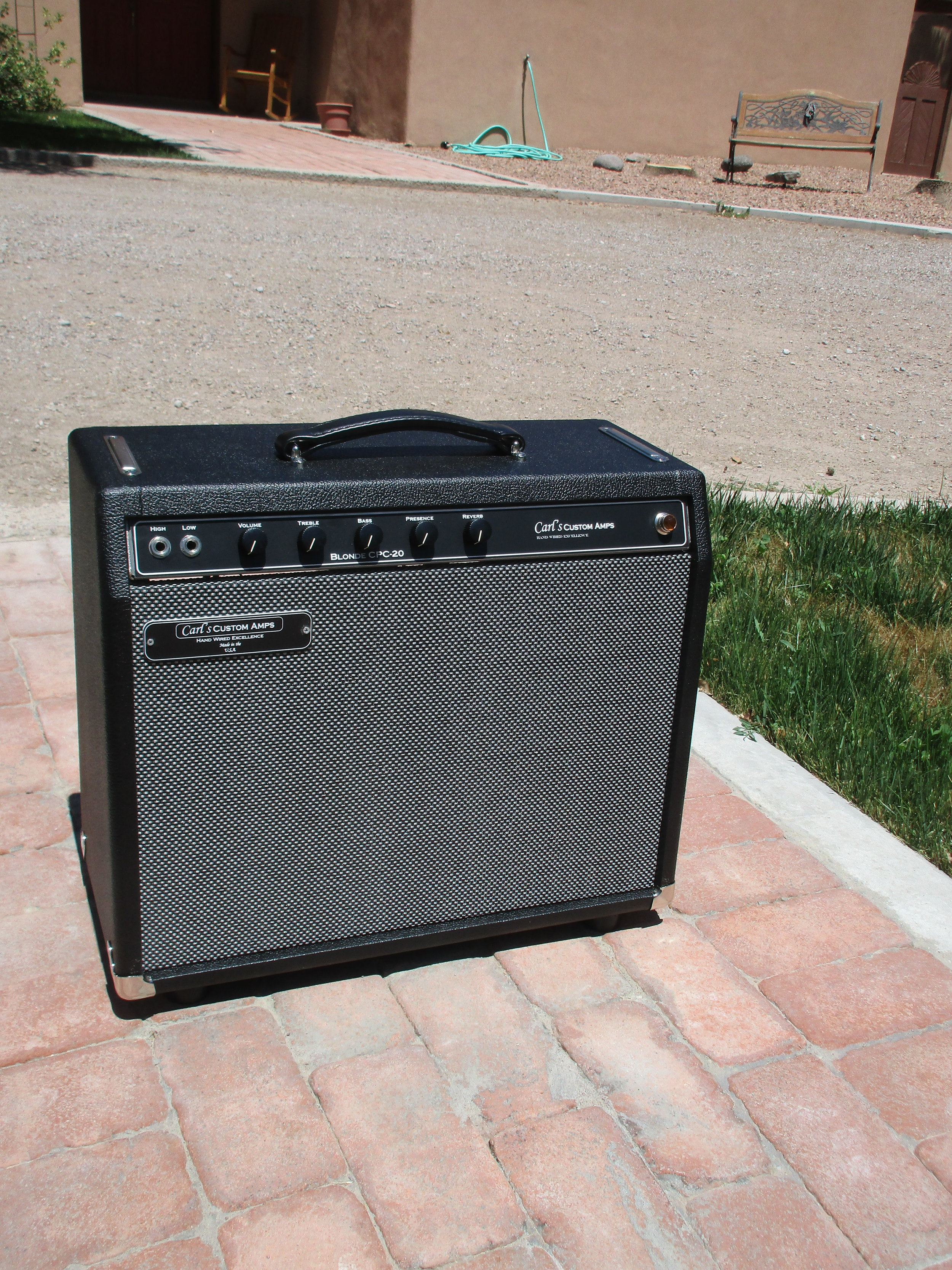 This Custom Blonde 20 was done for customer who wanted single knob reverb and no trem and custom cosmeticss.