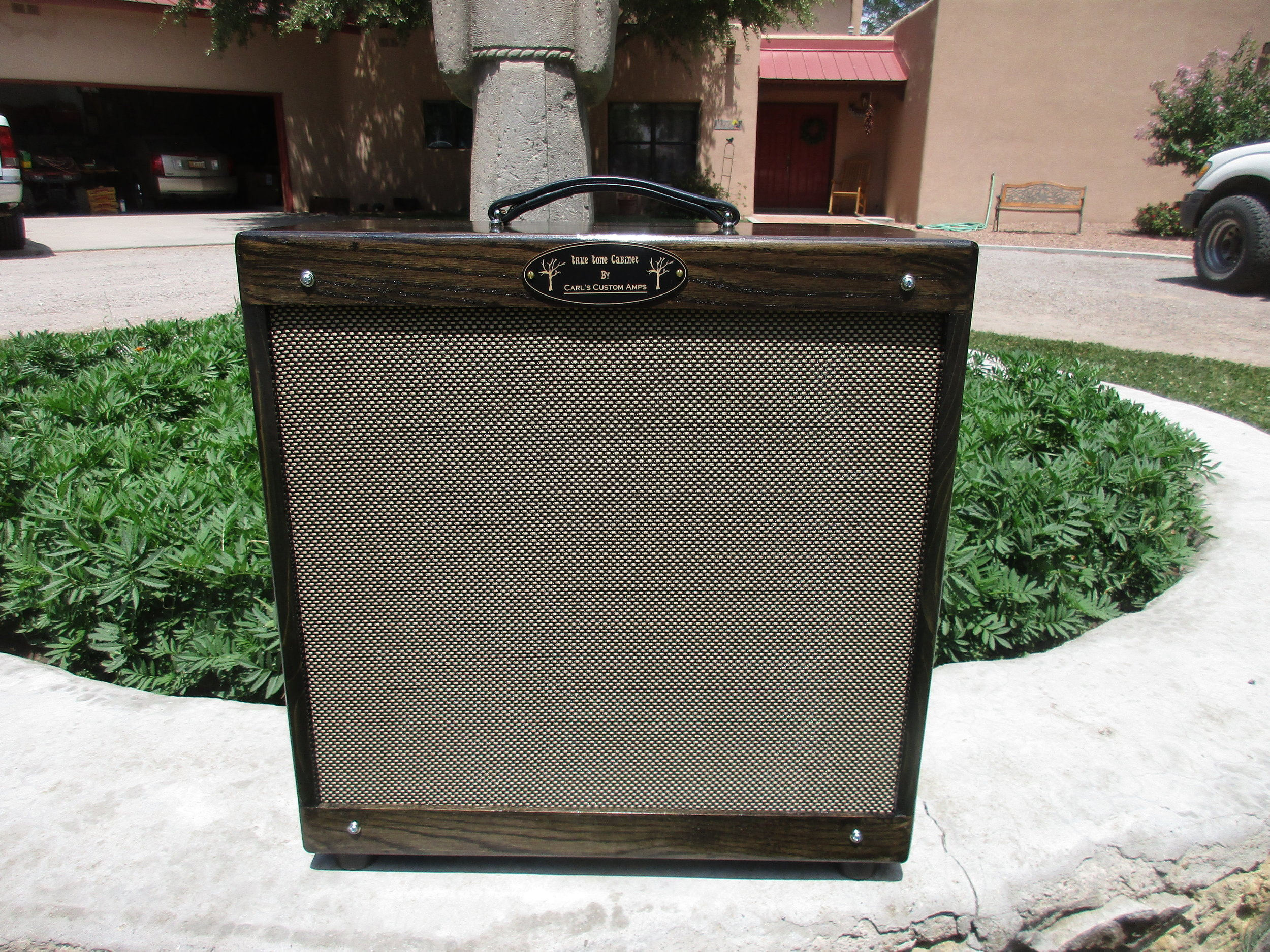 Custom 1x15 Pine Cab!! Pretty and shipped with cover to prevent dents.