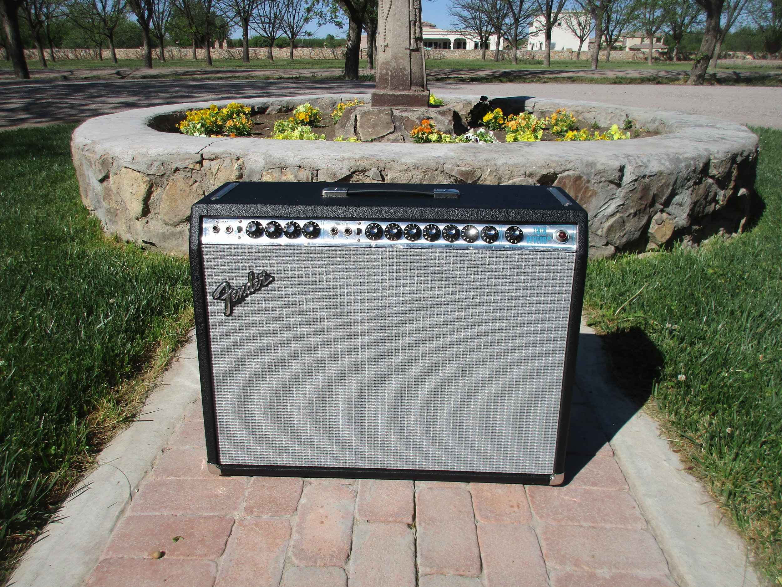 Here's vintage Fender Silverface Twin that I restored. It's the 135W version with an ultra-linear output transformer. Some people find find them too cold sounding but with some gentle tweaks the can sound amazing. This amp is loud and super clean so a wonderful reverb! Around the time this amp was made Fender started lap joining their cabs and the original cabinet was a gig away from falling apart. We replaced the cabinet, restored the electronics and spiffed it up as best possible. Now it ready form many more years of action!