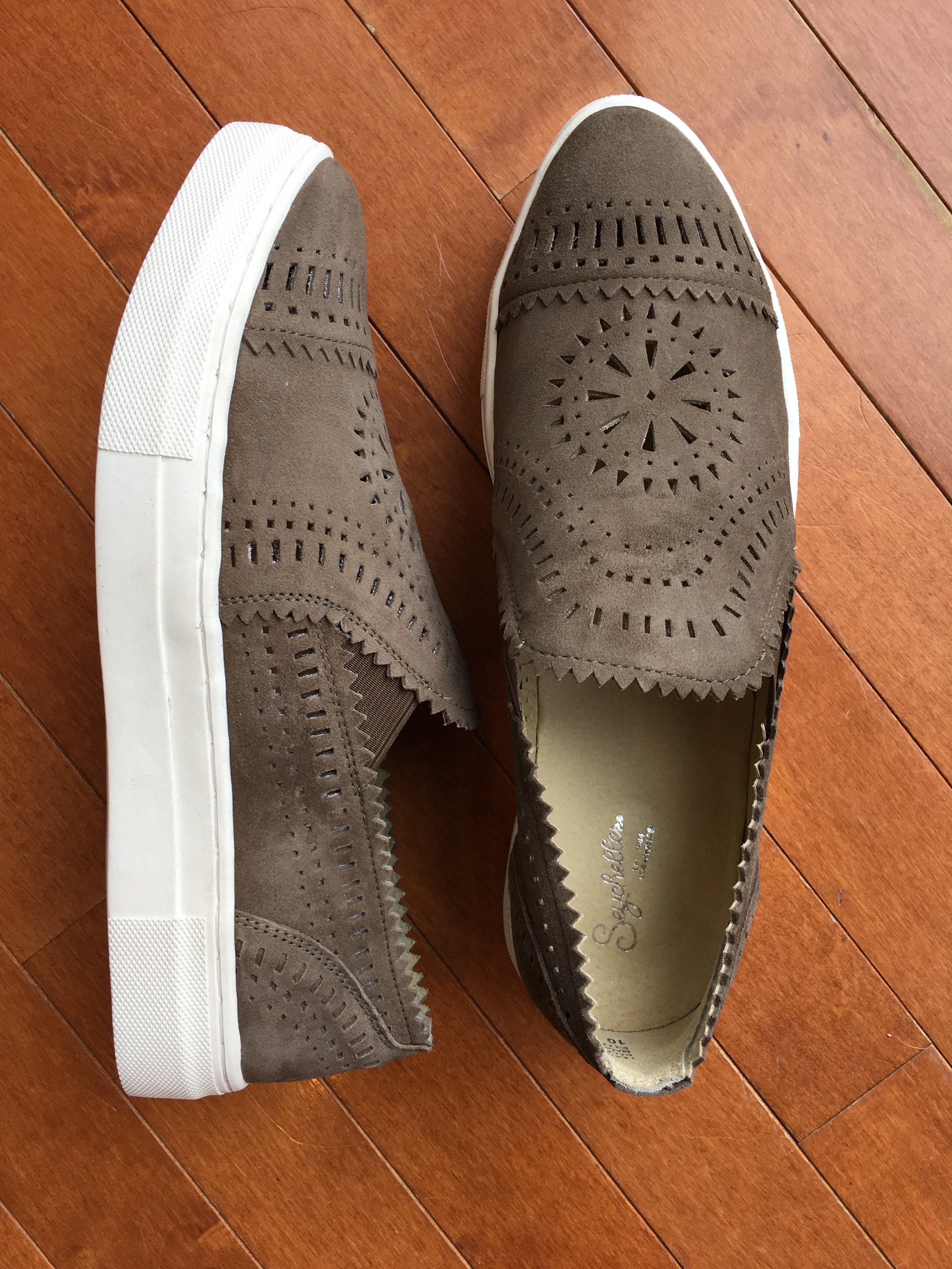 Saychelles pull-on sneakers