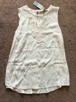 white blouse front.jpg