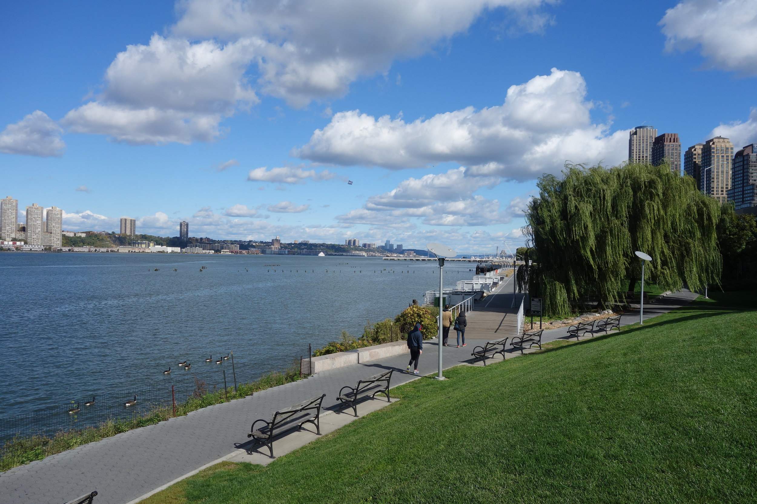 Most of the Great Saunter runs along parks and greenways on the shores of the Hudson, East and Harlem Rivers.