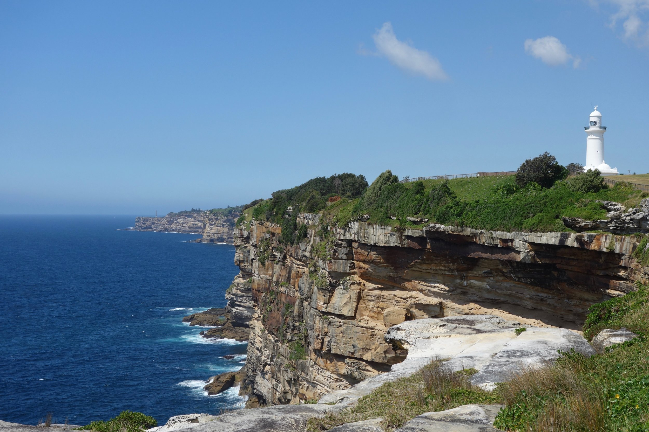 Many miles of trails around Sydney are perched on high oceanside cliffs.