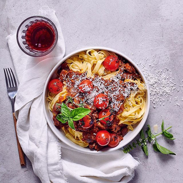 This slow-roasted pork ragù with fettuccine is a real crowd-pleaser and a welcome addition to the recipe collection!  Photographed for @foodandhomesa  Styling: @claireferrandi  Photography: @dylan_swart
