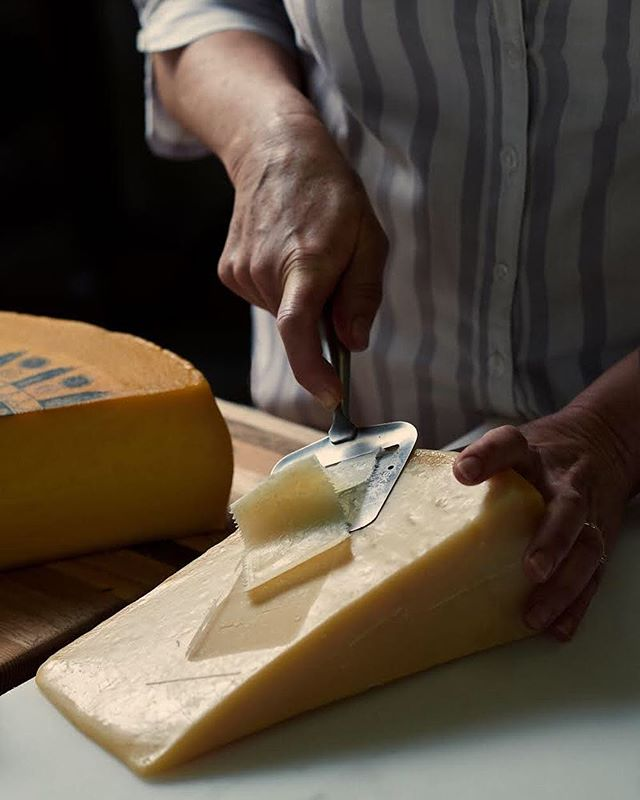 A couple of months ago I visited the most wonderful cheese shop in Linden for a magazine feature. Cheese Gourmet is hands-down the place to go to if you are looking for local, hand-made cheeses along with other artisanal goods. They work closely with local farmers and cheese-makers to source amazing quality cheeses, perfect for your next dinner party.  Photography: @dylan_swart