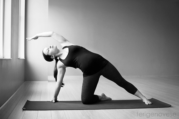 fine art yoga maternity photography