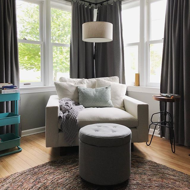The weather cools and my reading nook calls. Currently reading all of Maya Angelou's autobiographies and entranced by her life story. What are you reading? I need ideas!  And thanks to @westelmgr for helping us decide on the perfect chair! ✨ . . #readingnook #bookworm #myfavoritecorner #gratefuleveryday