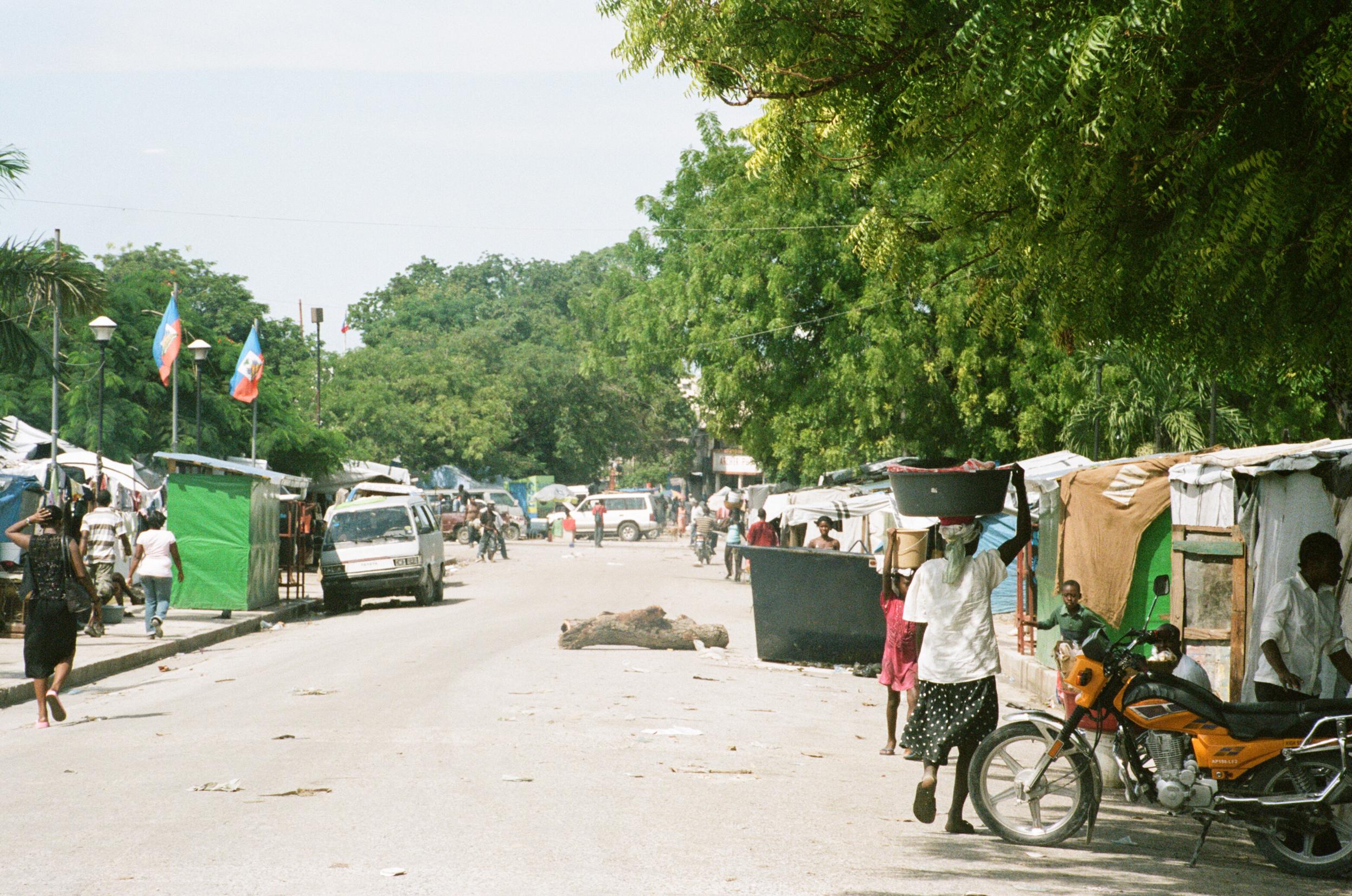haiti020-759805030008.jpg
