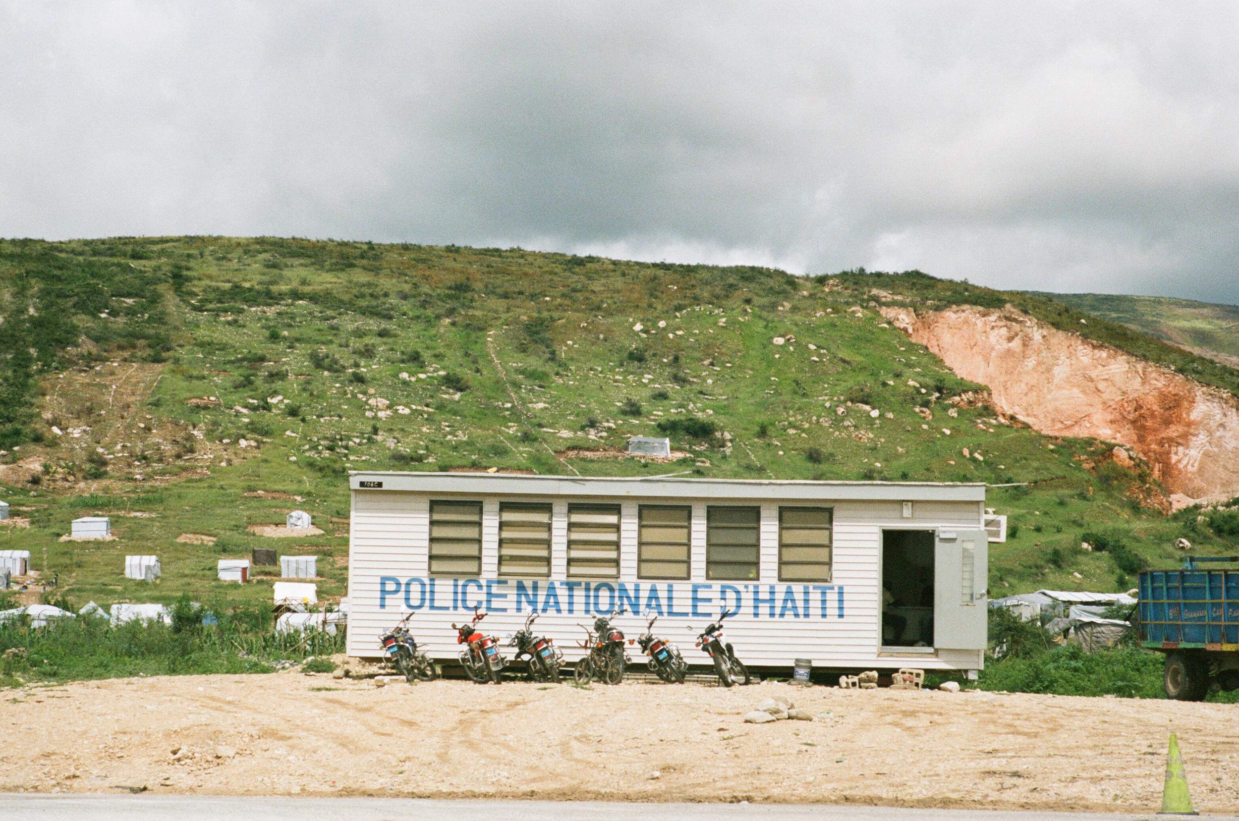 haiti026-759805030020.jpg