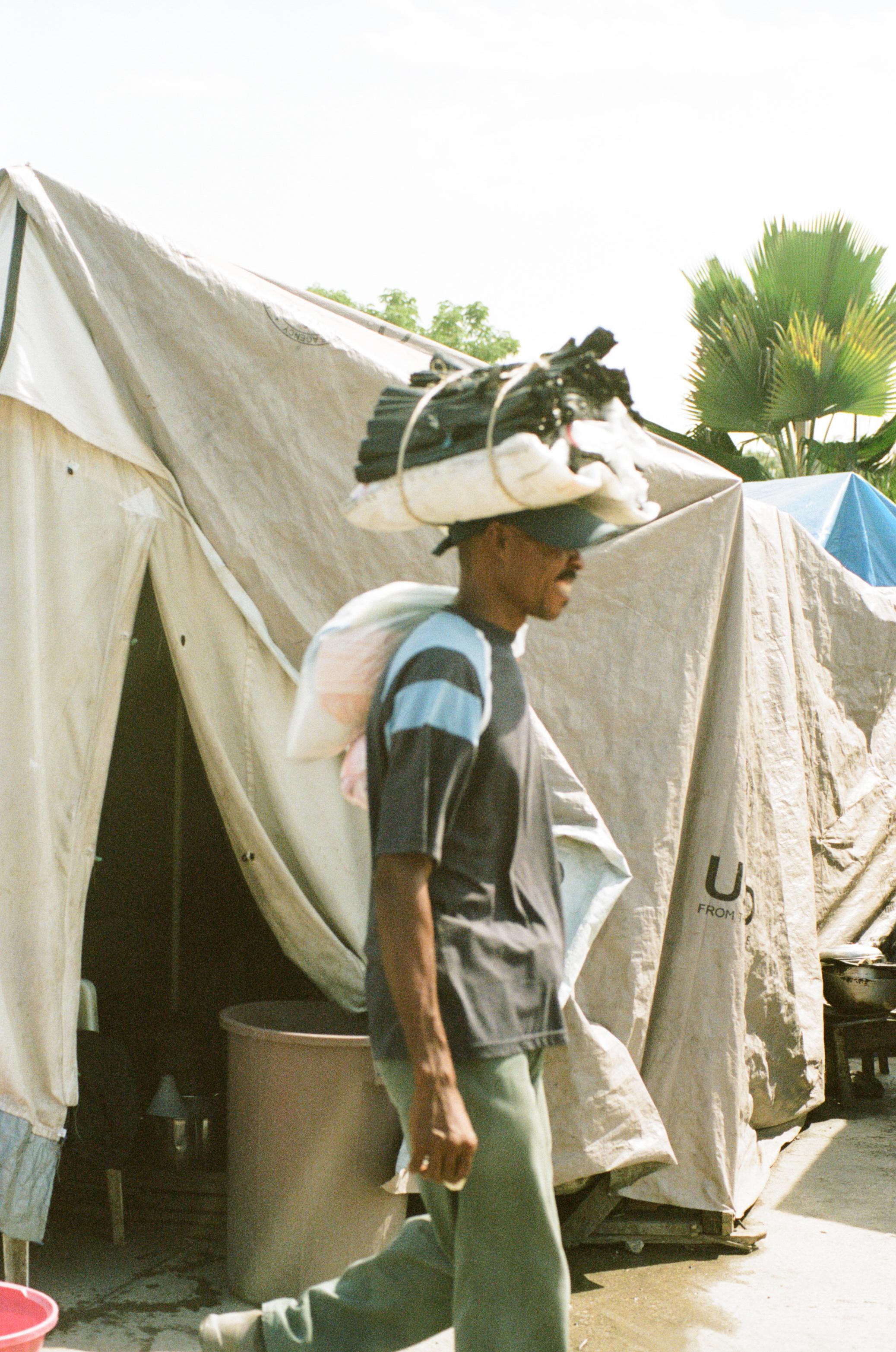 haiti104-759809010002.jpg