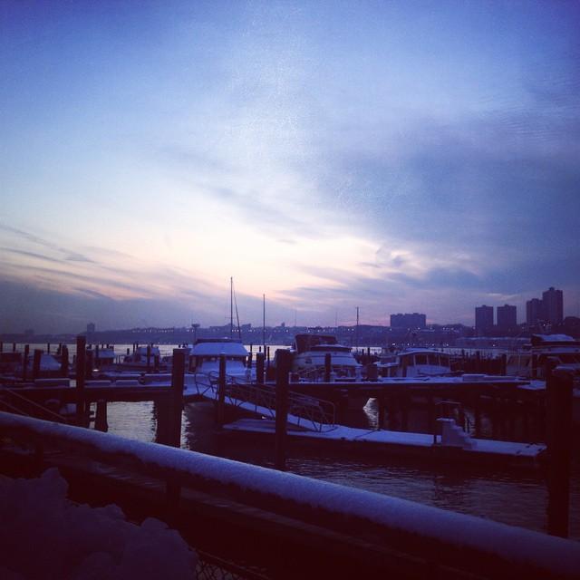 #winter #run #dusk #river