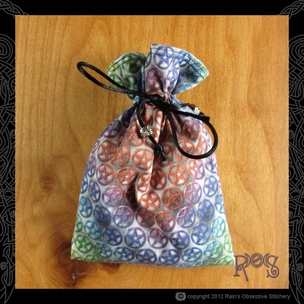 tarot-bag-cotton-rainbow-pentacles.JPG