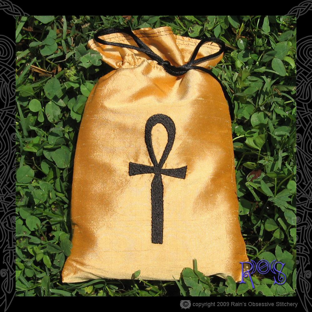 tarot-bag-gold-ankh.jpg