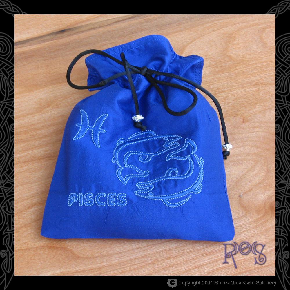 Tarot-bag-sapphire-blue-pisces.JPG