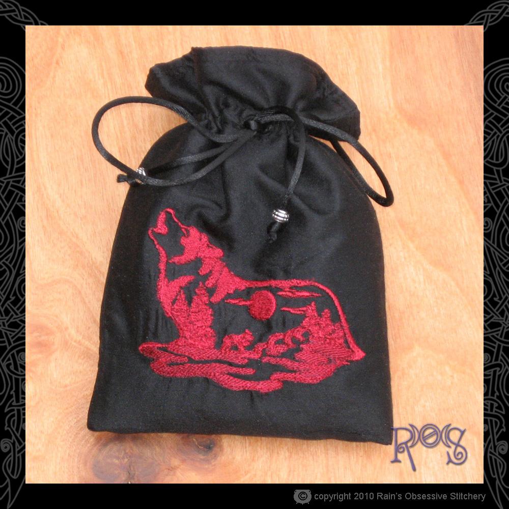 tarot-bag-black-wolf.jpg