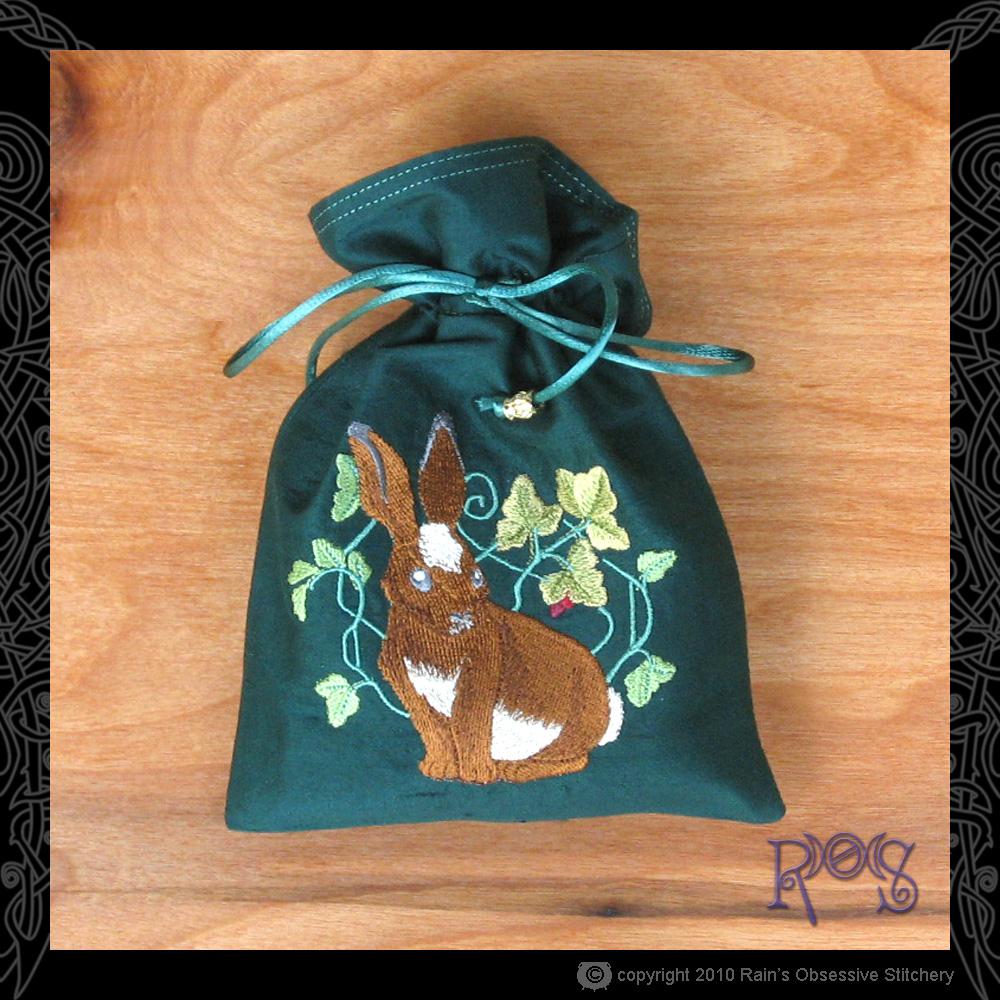 tarot-bag-green-rabbit.jpg