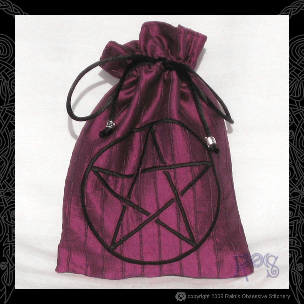 tarot-bag-magenta-pentacle.jpg