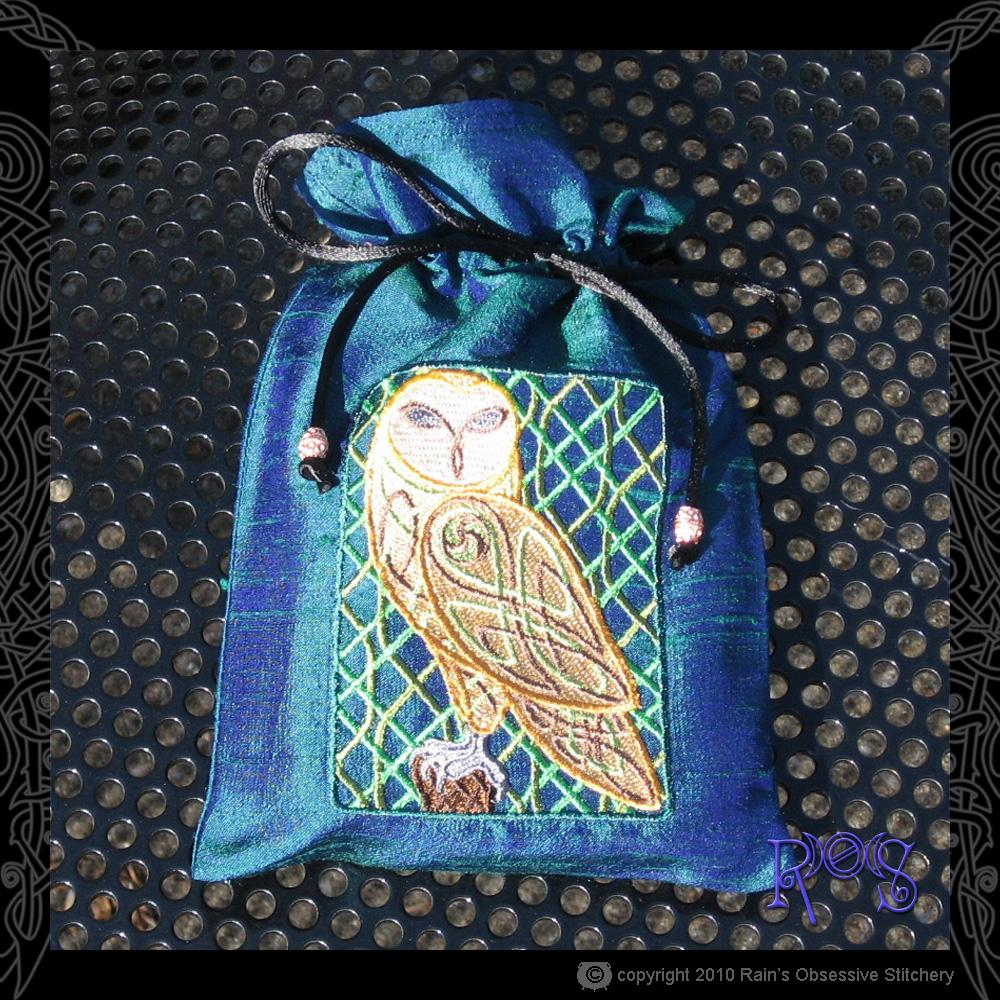 tarot-bag-peacock-celtic-owl.jpg