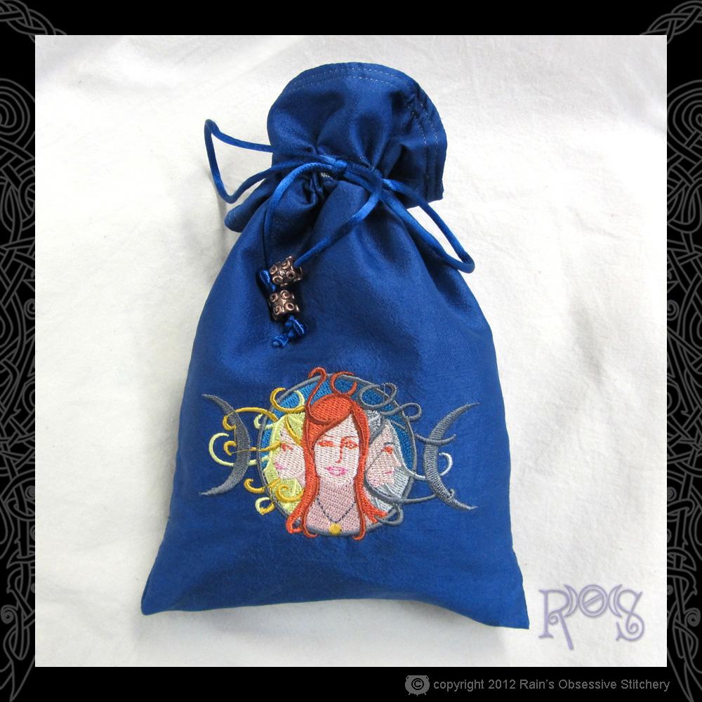 tarot-bag-lg-blue-maiden-mother-crone.JPG