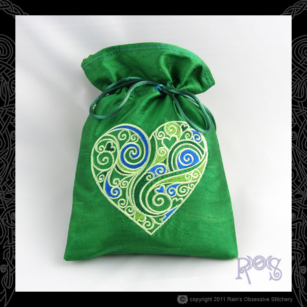 tarot-bag-green-swirly-heart-green.jpg