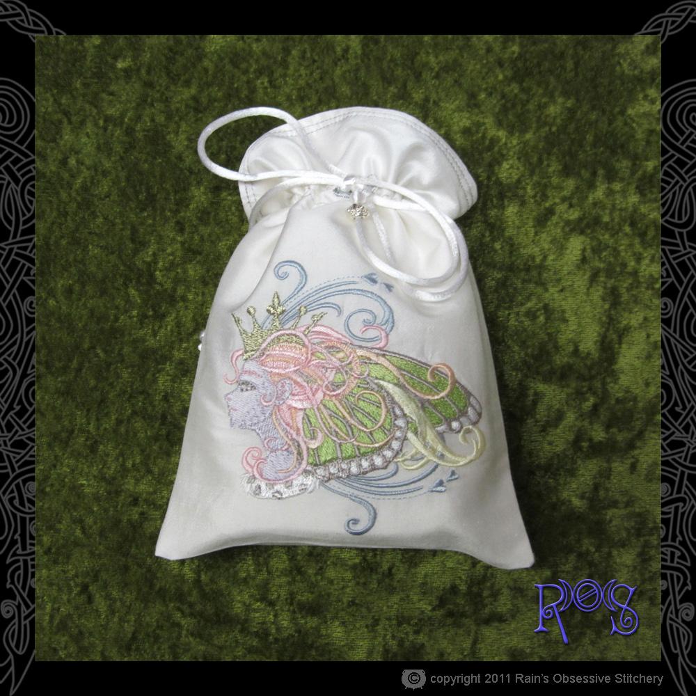 tarot-bag-white-monarch-queen.jpg