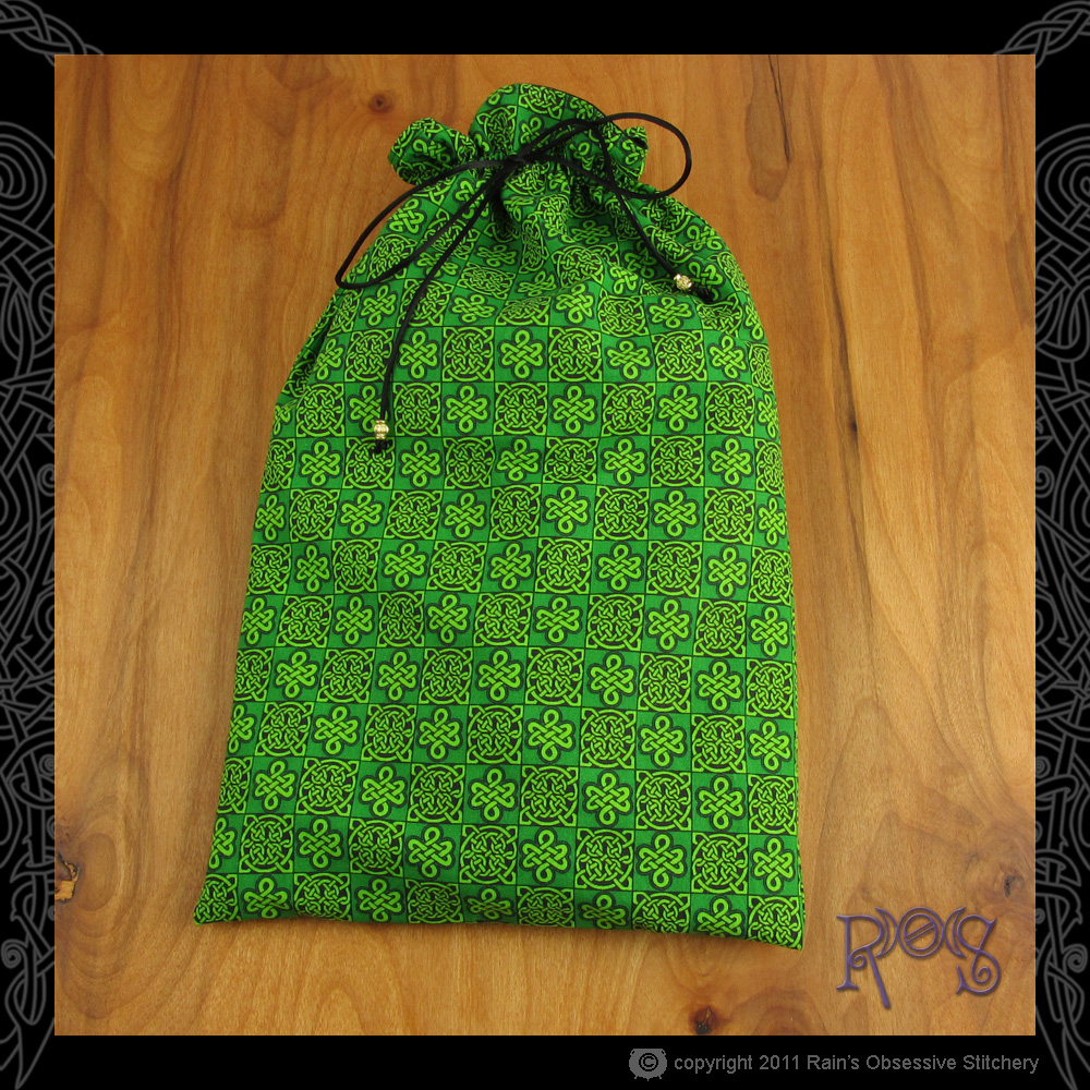 shoe-bag-green-knotwork.jpg
