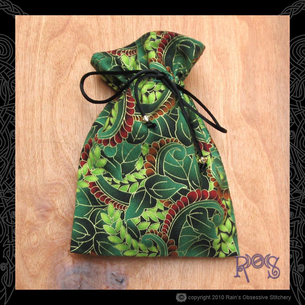 tarot-bag-cotton-green-gold-leaves.jpg