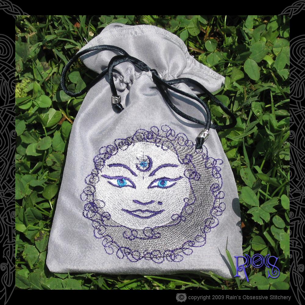 tarot-bag-gray-moon-face.jpg