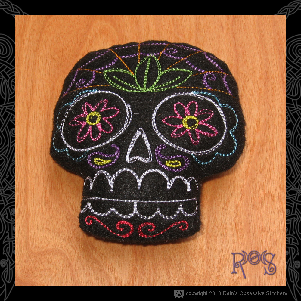 pincushion-large-skull-black.jpg