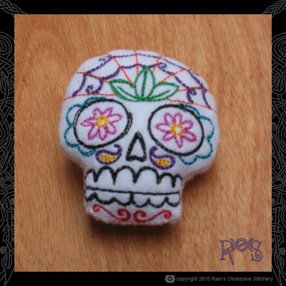 pincushion-small-skull-white.jpg