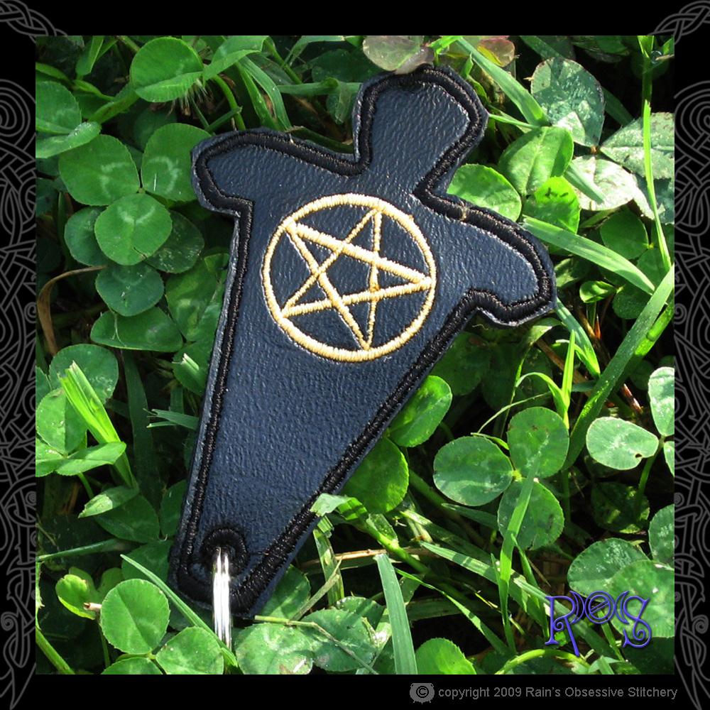 keychain-god-black-pent.JPG