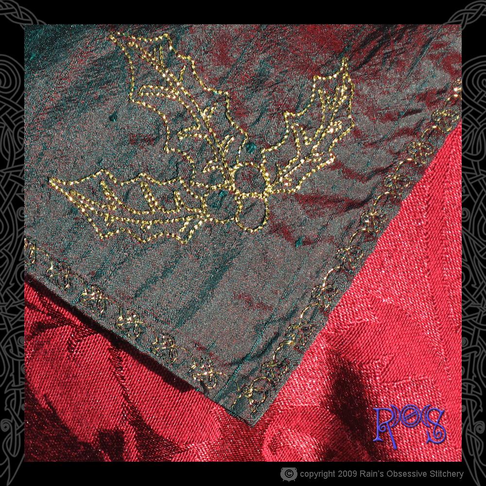 altar-cloth-yule-4.jpg