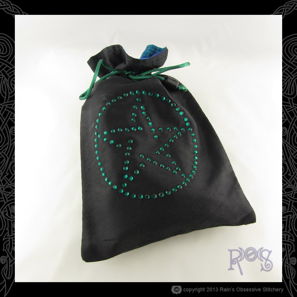 Tarot-Bag-Lg-Black-Crystal-Pentacle-Emerald.JPG