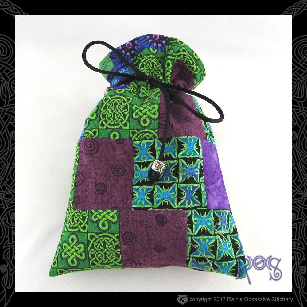 tarot-bag-cotton-green-purple-patch-2-front.JPG