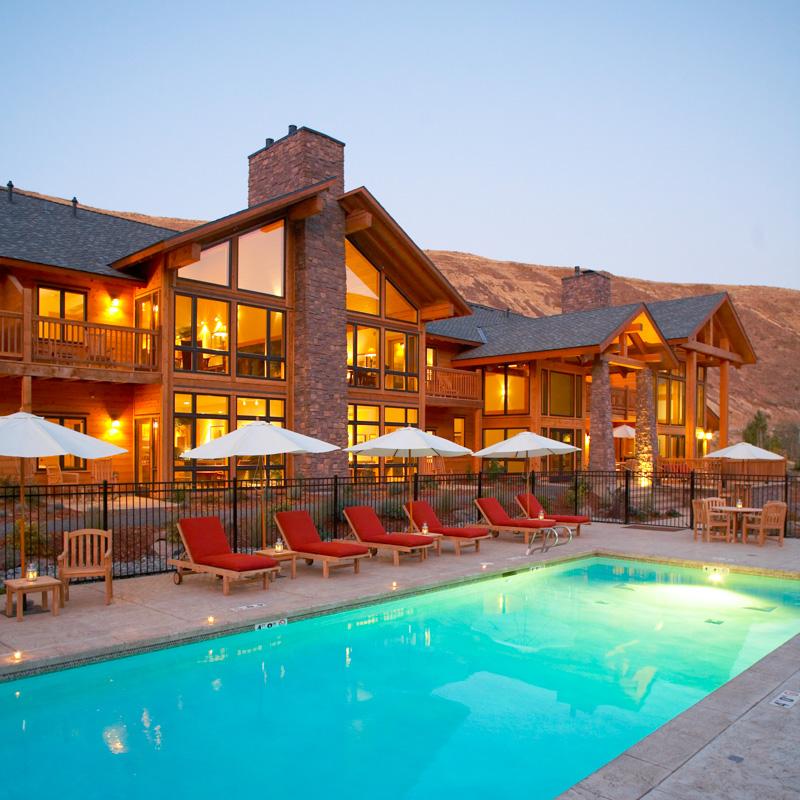 Luxury Real Estate.jpg