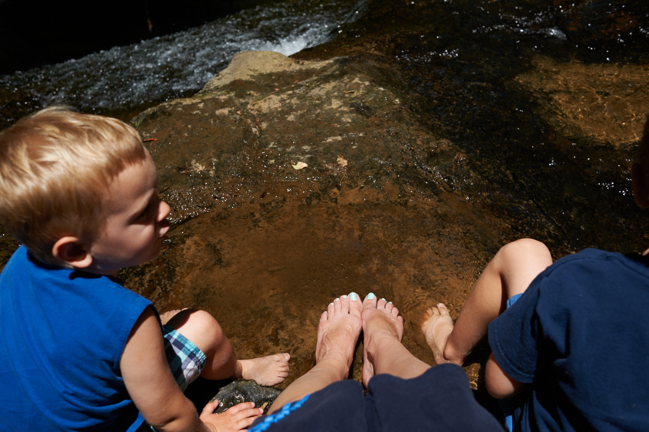 eating lunch with our toes in the water. what a wonderful memory with the boys!