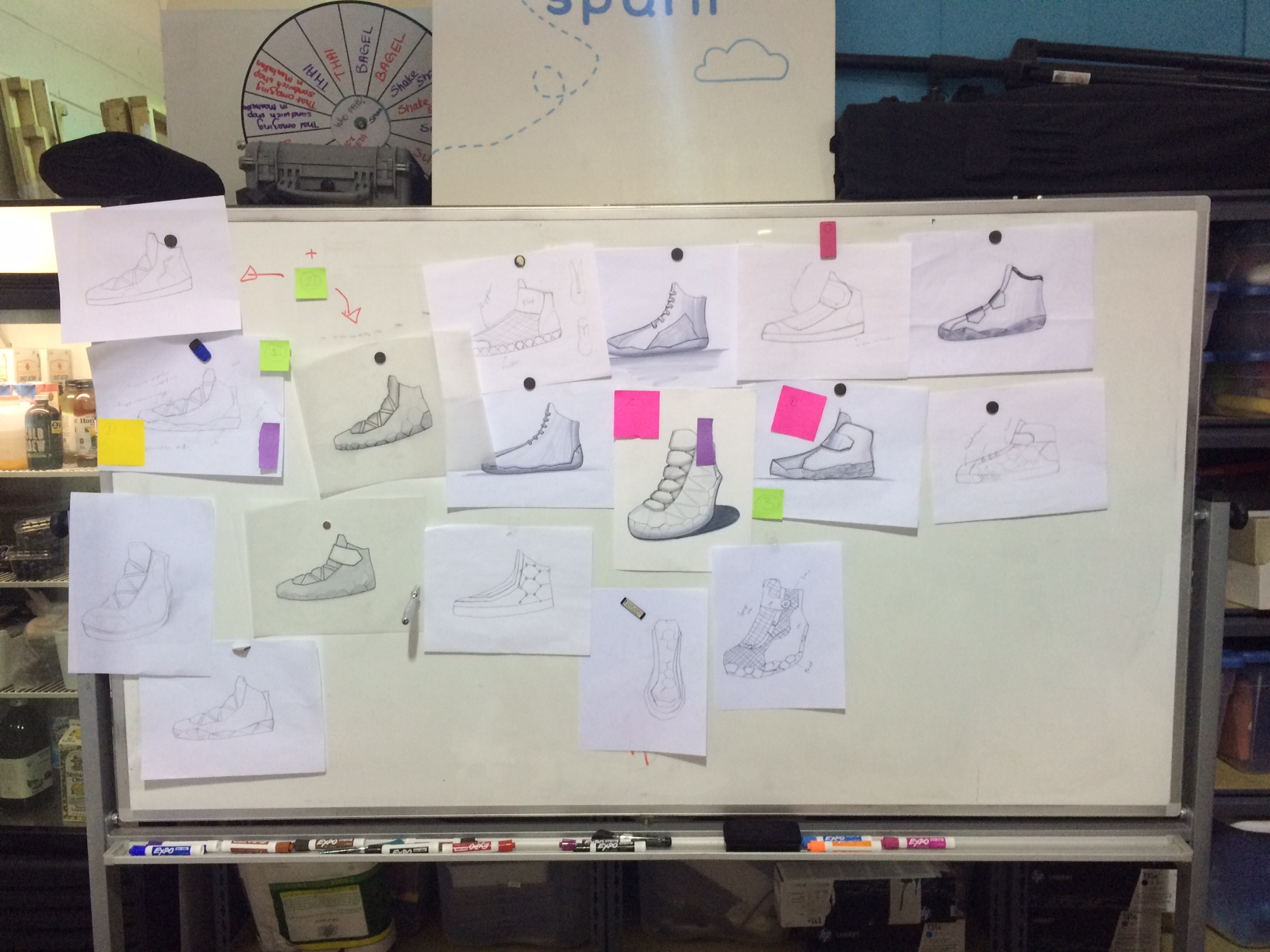 During the d esign sessions at 10XBeta,  Andrea Lauer, Marcel Botha, Berk Ilhan and Jeannette Subero explored many design possibilities for this  Shoe Without a Footprint.